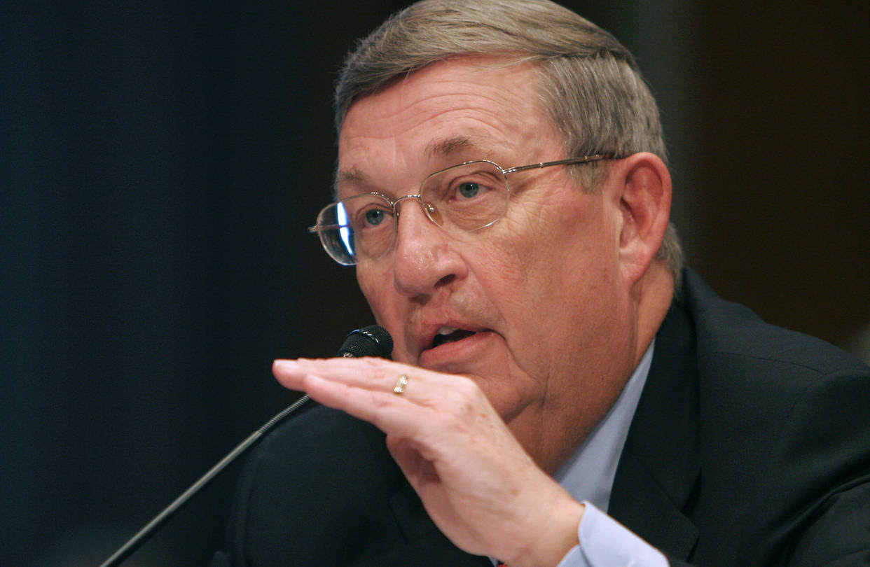 Exxon Mobil CEO Lee Raymond testifies on Capitol Hill, November 2005.